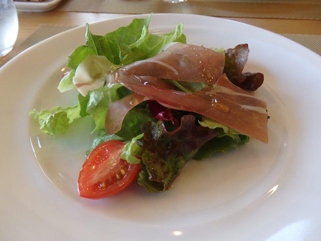 ペペトリコローレ サラダ