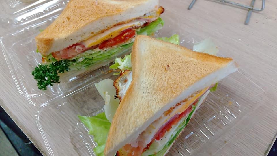 M&M サンドイッチ